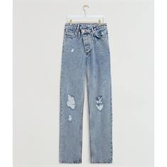 Josh v Melika Jeans