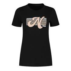 Nikkie N emroidery t shirt 9000 Zwart
